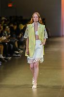 NOVA YORK, EUA,08/09/2019 -  Modelo durante desfile Zu Shi no New York Fashion Week na cidade de Nova York neste domingo, 08. (Foto: Vanessa Carvalho/Brazil Photo Press/Folhapress)
