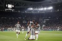 Calcio, Serie A: Torino, Allianz Stadium, 23 settembre 2017. <br /> Juventus' Paulo Dybala (c) celebrates  with his teammates after scoring during the Italian Serie A football match between Juventus and Tori0i at Torino's Allianz Stadium, September 23, 2017.<br /> UPDATE IMAGES PRESS/Isabella Bonotto