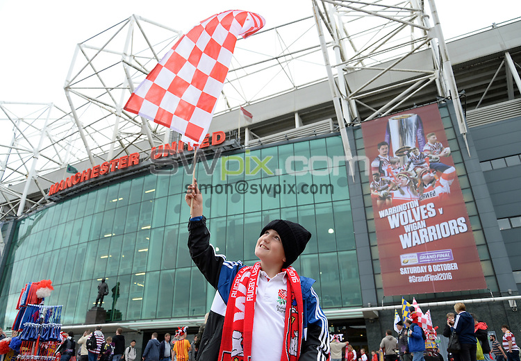 Picture by Anna Gowthorpe/SWpix.com - 08/10/2016 - Rugby League - First Utility Super League Grand Final - Warrington Wolves v Wigan Warriors - Old Trafford, Manchester, England - The Brief  A fan outside the ground before the match.