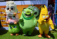 """LOS ANGELES, USA. August 10, 2019: Sam-Sam, Zoe, Vivi, Leonard & Chuck at the premiere of """"The Angry Birds Movie 2"""" at the Regency Village Theatre.<br /> Picture: Paul Smith/Featureflash"""