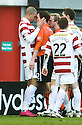 :: HAMILTON'S MICKAEL ANTOINE-CURIER GOES FACE TO FACE WITH DUNDEE UTD'S DAVID ROBERTSON AFTER HE CLASHED WITH PRINCE BUABEN ::