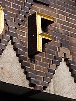 Sprinkenhof im Kontorhausviertel, erbaut von Hans und Oskar Gerson und Fritz Höger, Hamburg, Deutschland, Europa, UNESCO-Weltkulturerbe<br /> Detail Sprinkenhof  building in Kontorhaus quarter built by  Hans + Oskar Gerson + Fritz Höger,  Hamburg, Germany, Europe, UNESCO world heritage