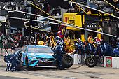 #19: Martin Truex Jr., Joe Gibbs Racing, Toyota Camry Auto Owners Insurance, makes a pit stop