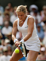 4-7-06,England, London, Wimbledon, quarter finals, Kim Clijsters