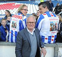 VOETBAL: HEERENVEEN: 01-05-2016, Abe Lenstra Stadion, SC Heerenveen - FC Groningen, uitslag 1-2, Foppe de Haan, Stef Dijkstra en zijn vrouw met een speciaaal Foppe shirt, ©foto Martin de Jong