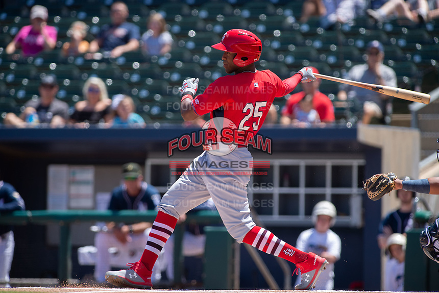 Springfield Cardinals outfielder Justin Williams (25) takes a swing on a pitch on May 19, 2019, at Arvest Ballpark in Springdale, Arkansas. (Jason Ivester/Four Seam Images)