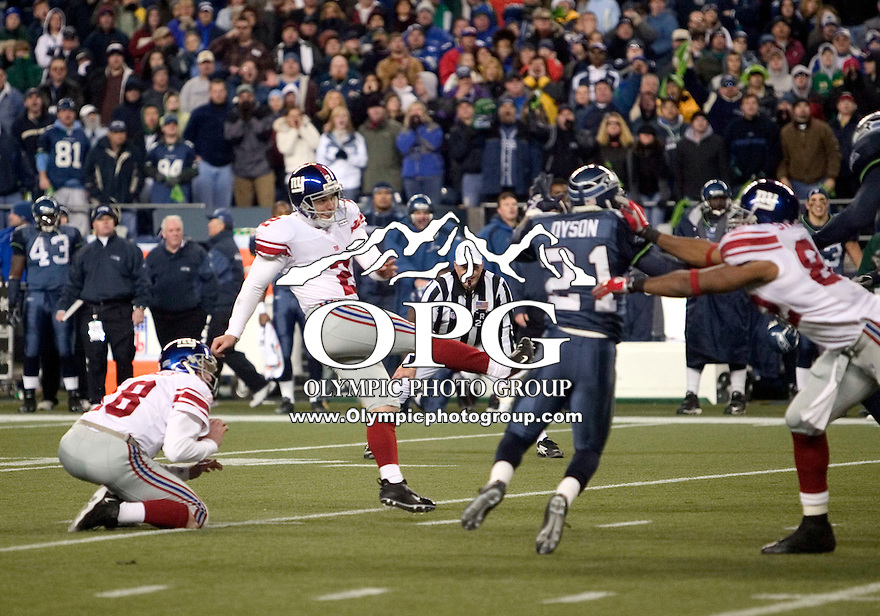 27 Nov 2005:   New York Giants kicker Jay Feeley missed a overtime field goal against the Seattle Seahawks at Qwest Field in Seattle, Washington.