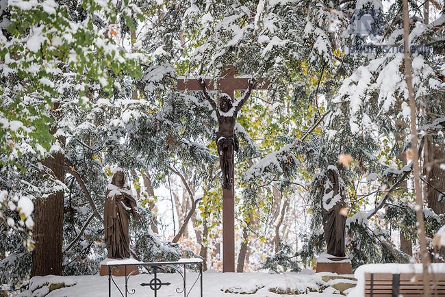 Nov. 14, 2014; Crucifix near Sacred Heart Parish Center. (Photo by Matt Cashore/University of Notre Dame)