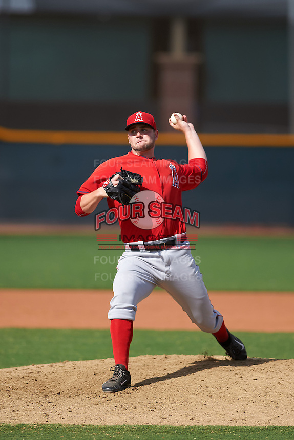 Los Angeles Angels pitcher Ronnie Glenn (52) during an instructional league game against the Texas Rangers on October 5, 2015 at the Surprise Stadium Training Complex in Surprise, Arizona.  (Mike Janes/Four Seam Images)