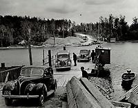 Managevocs Run Ferry, val d'or, 1938<br /> <br /> PHOTO : Toronto Star Archives - AQP