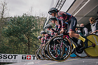 Team Canyon-Sram on the start ramp<br /> <br /> UCI WOMEN'S TEAM TIME TRIAL<br /> Ötztal to Innsbruck: 54.5 km<br /> <br /> UCI 2018 Road World Championships<br /> Innsbruck - Tirol / Austria