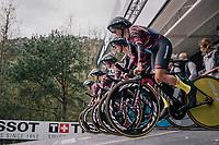 Team Canyon-Sram on the start ramp<br /> <br /> UCI WOMEN'S TEAM TIME TRIAL<br /> Ötztal to Innsbruck: 54.5 km<br /> <br /> UCI 2018 Road World Championships<br /> Innsbruck - Tirol / Austria