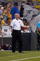 24 JULY 2010:  Dynamo Coach Dominic Kinnear during MLS soccer game between Houston Dynamo vs Columbus Crew at Crew Stadium in Columbus, Ohio on July 3, 2010. Columbus defeated the Dynamo 3-0.