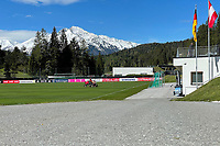 Trainingsplatz wird vorbereitet - Seefeld 26.05.2021: Trainingslager der Deutschen Nationalmannschaft zur EM-Vorbereitung