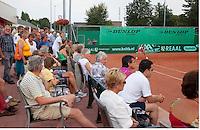 14-08-10, Hillegom, Tennis, NJK, publiek rond centercourt