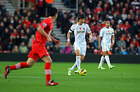 Saturday 10 November 2012<br /> Pictured: Ki Sung Yueng of Swansea (C)<br /> Re: Barclay's Premier League, Southampton FC v Swansea City FC at St Mary's Stadium, Southampton, UK.