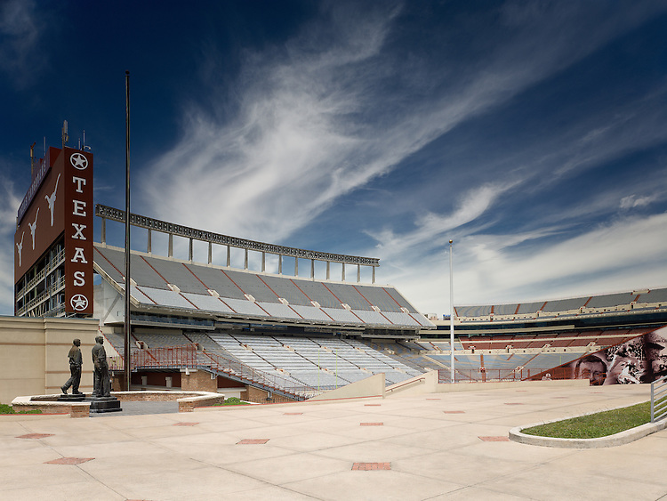 Darrell K. Royal Memorial Stadium at The University of Texas at Austin | HEERY International