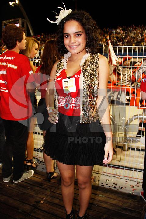 SÃO PAULO, SP, 06 DE MARÇO DE 2011 - CARNAVAL - CAMAROTE BAR BRAHMA - A atriz Carol Macedo no camarote Brahma durante o segundo dia dos desfiles das escolas do Grupo Especial de São Paulo, no Sambódromo do Anhembi, zona norte da capital paulista, na madrugada deste domingo (06). (FOTO: AMAURI NEHN / NEWS FREE).