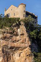 France, Midi-Pyrénées, Tarn-et-Garonne, (82),Bruniquel: Châteaux de Bruniquel  // France, Midi Pyrenees, Tarn et Garonne, Bruniquel: