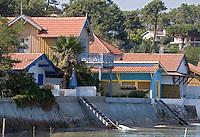 Europe/France/Aquitaine/33/Gironde/Bassin d'Arcachon/L'Herbe: Détail cabanons au port ostréicole de l'Herbe