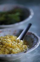 "Asie/Birmanie/Myanmar/Haute Birmanie/Mandalay: ""Birman Aye Myit Tar"" - Accompagnement du curry de crevettes - Maïs sauté"