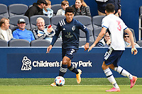 KANSAS CITY, KS - MAY 16: Jaylin Lindsey #2 Sporting KC with the ball during a game between Vancouver Whitecaps and Sporting Kansas City at Children's Mercy Park on May 16, 2021 in Kansas City, Kansas.