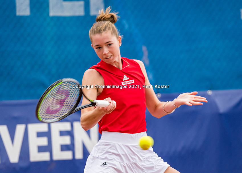 Amstelveen, Netherlands, 6 Juli, 2021, National Tennis Center, NTC, Amstelveen Womans Open, Simona Waltert (SUI)<br /> Photo: Henk Koster/tennisimages.com