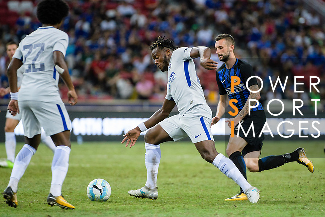 Chelsea Midfielder Victor Moses (C) in action during the International Champions Cup 2017 match between FC Internazionale and Chelsea FC on July 29, 2017 in Singapore. Photo by Weixiang Lim / Power Sport Images