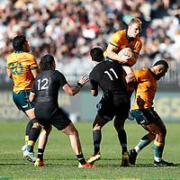 5th September 2021; Optus Stadium, Perth, Australia: Bledisloe Cup international rugby, Australia versus New Zealand; Reece Hodge of the Wallabies marks the ball after an All Blacks forward kick
