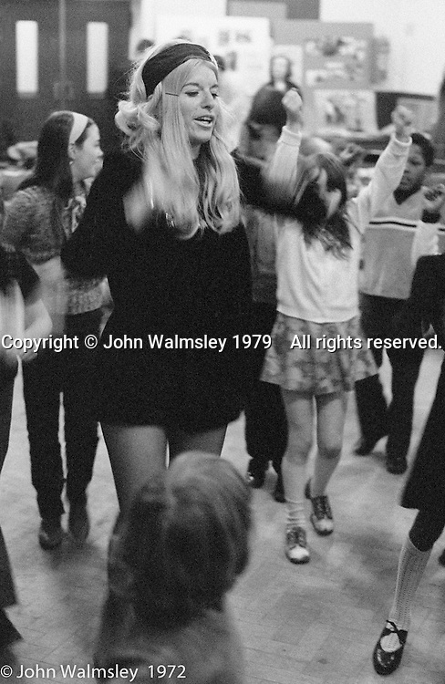 Anna Scher at the Anna Scher Children's Theatre, East End of London 1972.  Kids would come after school and be expected to work hard.  Occasionally, they would have bits of filming to do for the BBC etc..  Some went on to have careers in the industry and a few became household names: Pauline Quirk, Phil Daniels.