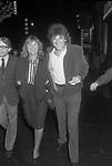GIGI PROIETTI CON LA MOGLIE SAGITTA ROMA 1974