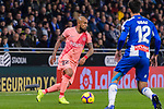 Arturo Vidal of FC Barcelona (L) in action during the La Liga 2018-19 match between RDC Espanyol and FC Barcelona at Camp Nou on 08 December 2018 in Barcelona, Spain. Photo by Vicens Gimenez / Power Sport Images