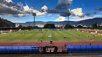 ITAGÜÍ - COLOMBIA, 09-08-2021: Leones F.C. y Boyacá Chicó F.C. en partido por la fecha 3 como parte del Torneo BetPlay DIMAYOR II 2021 jugado en el estadio Polideportivo Sur de Envigado. / Leones F.C. and Boyaca Chico F.C. in match for the date 3 as part of BetPlay DIMAYOR Tournament II 2021 played at Polideportivo Sur stadiim in Envigado city.  Photo: VizzorImage / Luis Benavides / Cont