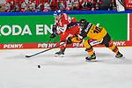 Eishockey: Deutschland – Tschechien am 01.05.2021 in der ARENA Nürnberger Versicherung in Nürnberg<br /> <br /> Tschechiens Peter Koditek (Nr.88) gegen Deutschlands Justin Schütz (Nr.10)<br /> <br /> Foto © Duckwitz/osnapix/PIX-Sportfotos *** Foto ist honorarpflichtig! *** Auf Anfrage in hoeherer Qualitaet/Aufloesung. Belegexemplar erbeten. Veroeffentlichung ausschliesslich fuer journalistisch-publizistische Zwecke. For editorial use only.