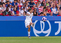 PARIS,  - JUNE 28: Tobin Heath #17 strikes a free kick during a game between France and USWNT at Parc des Princes on June 28, 2019 in Paris, France.