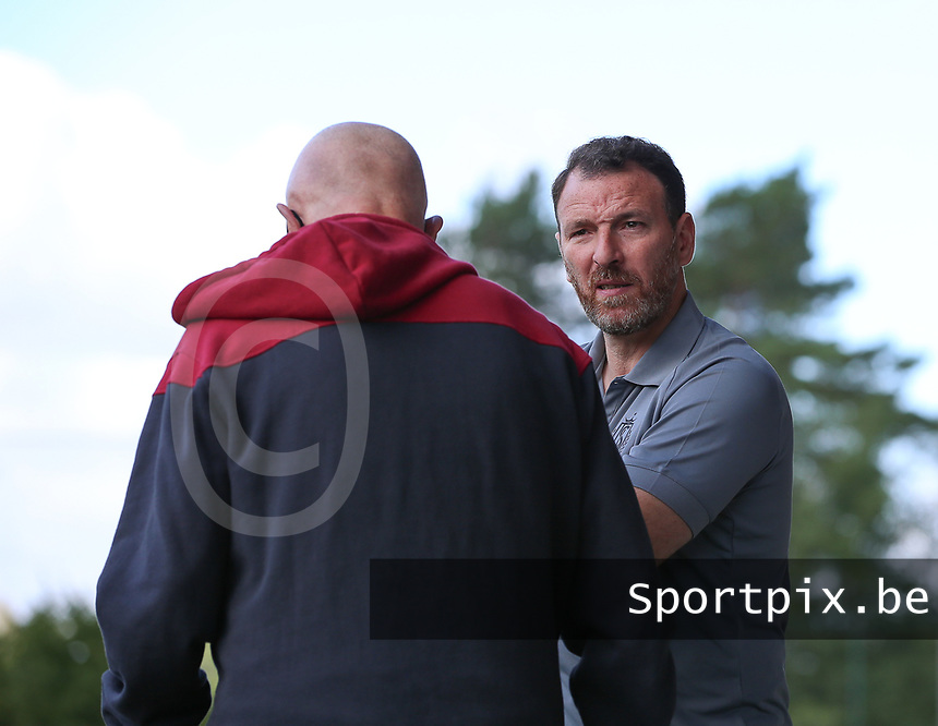 Standard's headcoach Hamide Lamara (in gray) in conversation with photograph Robert Absollone pictured during a female soccer game between Standard Femina de Liege and Oud Heverlee Leuven on the second matchday of the 2020 - 2021 season of Belgian Scooore Women s SuperLeague , saturday 5 th of September 2020  in Angleur , Belgium . PHOTO SPORTPIX.BE | SPP | SEVIL OKTEM