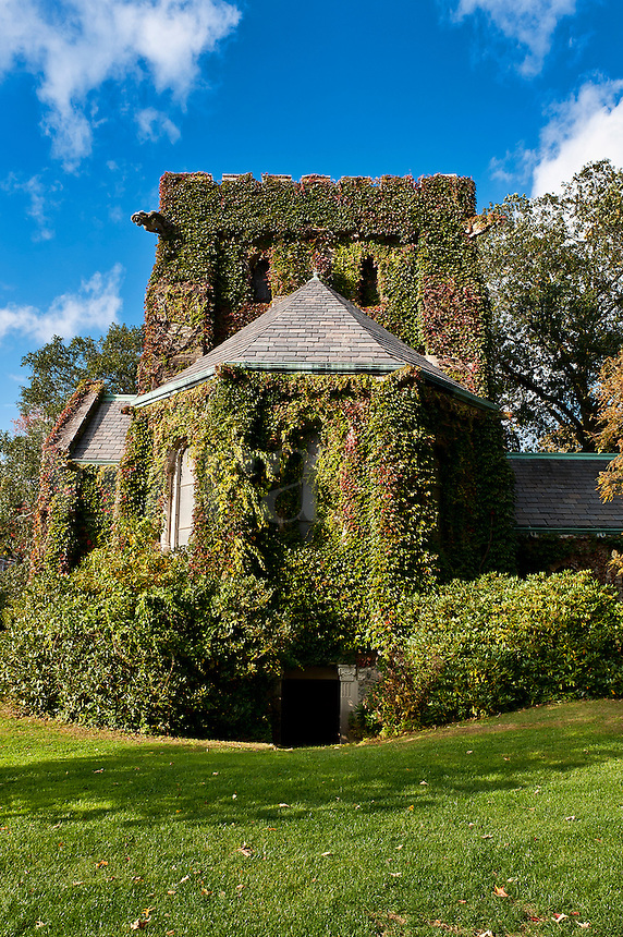 Ivy covered chapel, Connecticut, USA