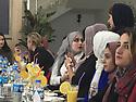 Iraq 2018  Women after a conference at the Knowledge University, having lunch at the cafeteria of the university  Irak 2018  Des participantes a une conference a la Knowledge University  d'Erbil déjeunant  à la cafétéria de l'université