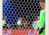 SAMARA - RUSIA, 07-07-2018: Jordan PICKFORD (GK) arquero de Inglaterra en acción durante partido de cuartos de final entre Suecia y Inglaterra por la Copa Mundial de la FIFA Rusia 2018 jugado en el estadio Samara Arena en Samara, Rusia. / Jordan PICKFORD (GK), goalkeeper of England, in action during the match between Sweden and England of quarter final for the FIFA World Cup Russia 2018 played at Samara Arena stadium in Samara, Russia. Photo: VizzorImage / Julian Medina / Cont
