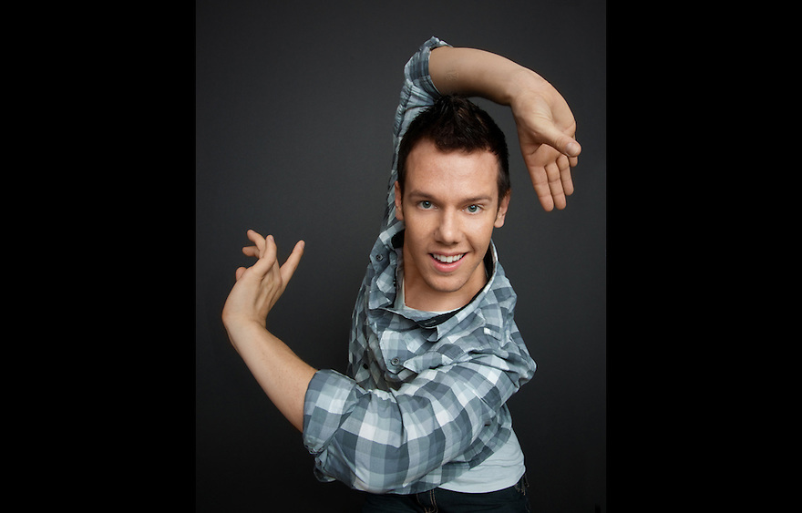 """Dancer Benji Schwimmer of """"So You Think You Can Dance"""" photographed for The Creative Coalition at Haven House in Beverly Hills, California on February 20, 2009"""