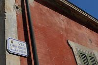 Isola di Pianosa. Pianosa Island. .Le targhe stradali dedicate ai morti ammazzati dalla mafia..The street signs dedicated to the dead killed by the Mafia.Via Carlo Alberto Dalla Chiesa..
