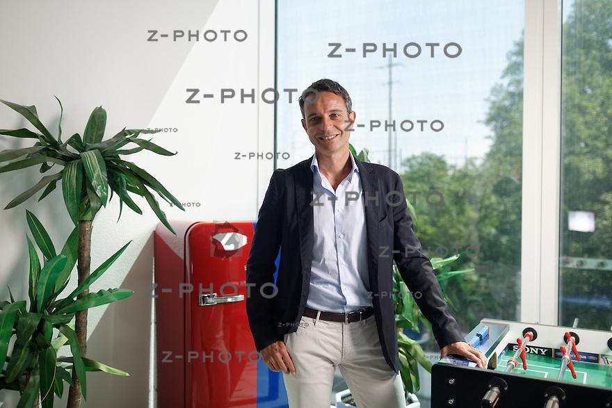 Interview und Portrait mit Bernhard Heusler Praesident und Delegierter des Verwaltungsrates des FC Basel im Hauptsitz in Basel am 1. Juli 2013<br /> <br /> Copyright © Zvonimir Pisonic