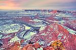 Sunrise on a snowy Dead Horse Point.