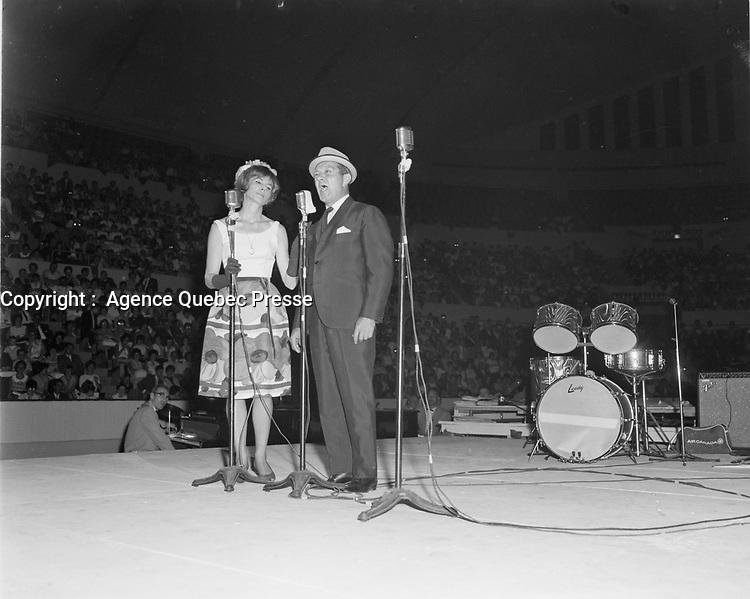 Beatrice Picard et<br /> Olivier Guimond,<br /> Gala des artiste, 20 juin 1966