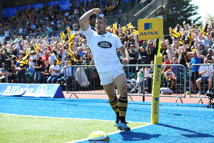Jimmy Gopperth of Wasps celebrates scoring but finds his try disallowed shortly afterwards during the Aviva Premiership Rugby semi final match between Saracens and Wasps at Allianz Park on Saturday 19th May 2018 (Photo by Rob Munro/Stewart Communications)