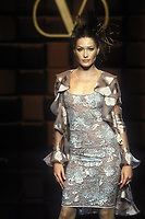 CARLA BRUNI<br /> 1996<br /> Valentino<br /> © Guy Marineau/Catwalkpictures/TORDOIR/DALLE