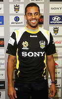 081119 A-League Football - New Phoenix Signing Fred