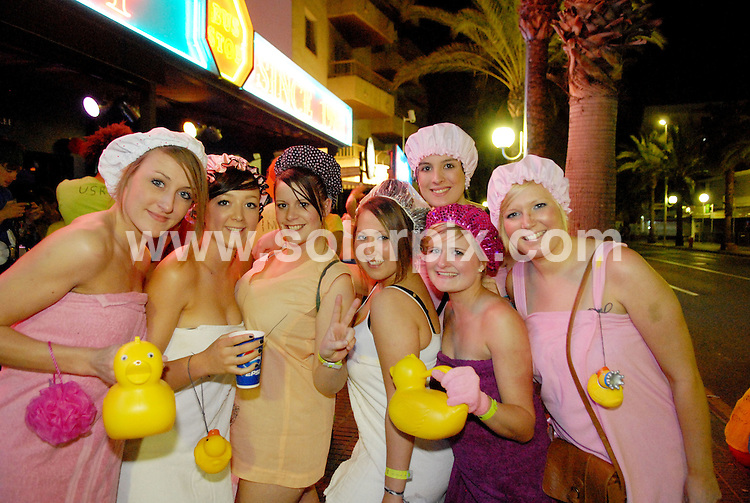 **ALL ROUND EXCLUSIVE PICTURES FROM SOLARPIX.COM**.**WORLDWIDE SYNDICATION RIGHTS**.PIctures show tonight's festivities at Salou fest 2010, in Salou near Barcelona, Spain, where up to 5000 British students take part in sports in the daytime, and then begin drinking on the beach to party until the early hours of the morning. Salou, Spain. 31 March 2010..This pic: Amber Kavalianskas (second left), Jessie Reed (black and white cap, third from left), Jessica Burrell (centre)..JOB REF: 11025 NSP    DATE: 31_03_2010.**MUST CREDIT SOLARPIX.COM OR DOUBLE FEE WILL BE CHARGED**.**MUST AGREE FEE BEFORE ONLINE USAGE**.**CALL US ON: +34 952 811 768 or LOW RATE FROM UK 0844 617 7637**