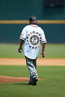 """Charles """"Coot"""" Willis of the Birmingham Black Barons throws out the ceremonial first pitch prior to the start of the 2020 East Coast Pro Showcase at the Hoover Met Complex on August 2, 2020 in Hoover, AL. (Brian Westerholt/Four Seam Images)"""
