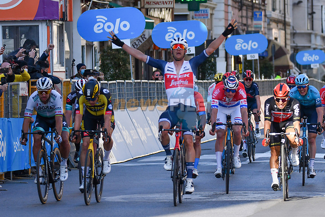 Jasper Stuyven (BEL) Trek-Segafredo outfoxes the race favourites to win the 112th edition of Milan-San Remo 2021, with Caleb Ewan (AUS) Lotto Soudal in 2nd place and Wout Van Aert (BEL) Jumbo-Visma 3rd, running 299km from Milan to San Remo, Italy. 20th March 2021. <br /> Photo: Tommaso Pelagalli/BettiniPhoto | Cyclefile<br /> <br /> All photos usage must carry mandatory copyright credit (© Cyclefile | Tommaso Pelagalli/BettiniPhoto)